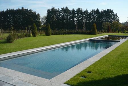 piscine bassin margelle en pierre bleue belge flamm e. Black Bedroom Furniture Sets. Home Design Ideas